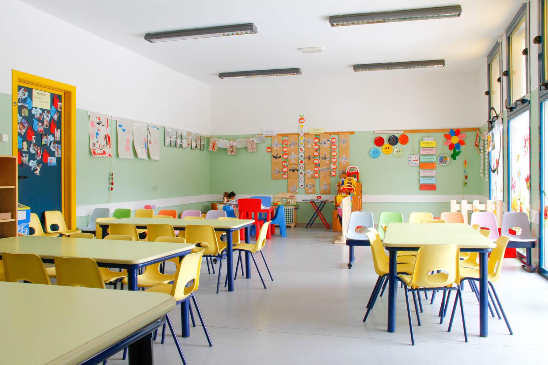 Aule spaziose scuola infanzia valceresio valganna ponte tresa marchirolo